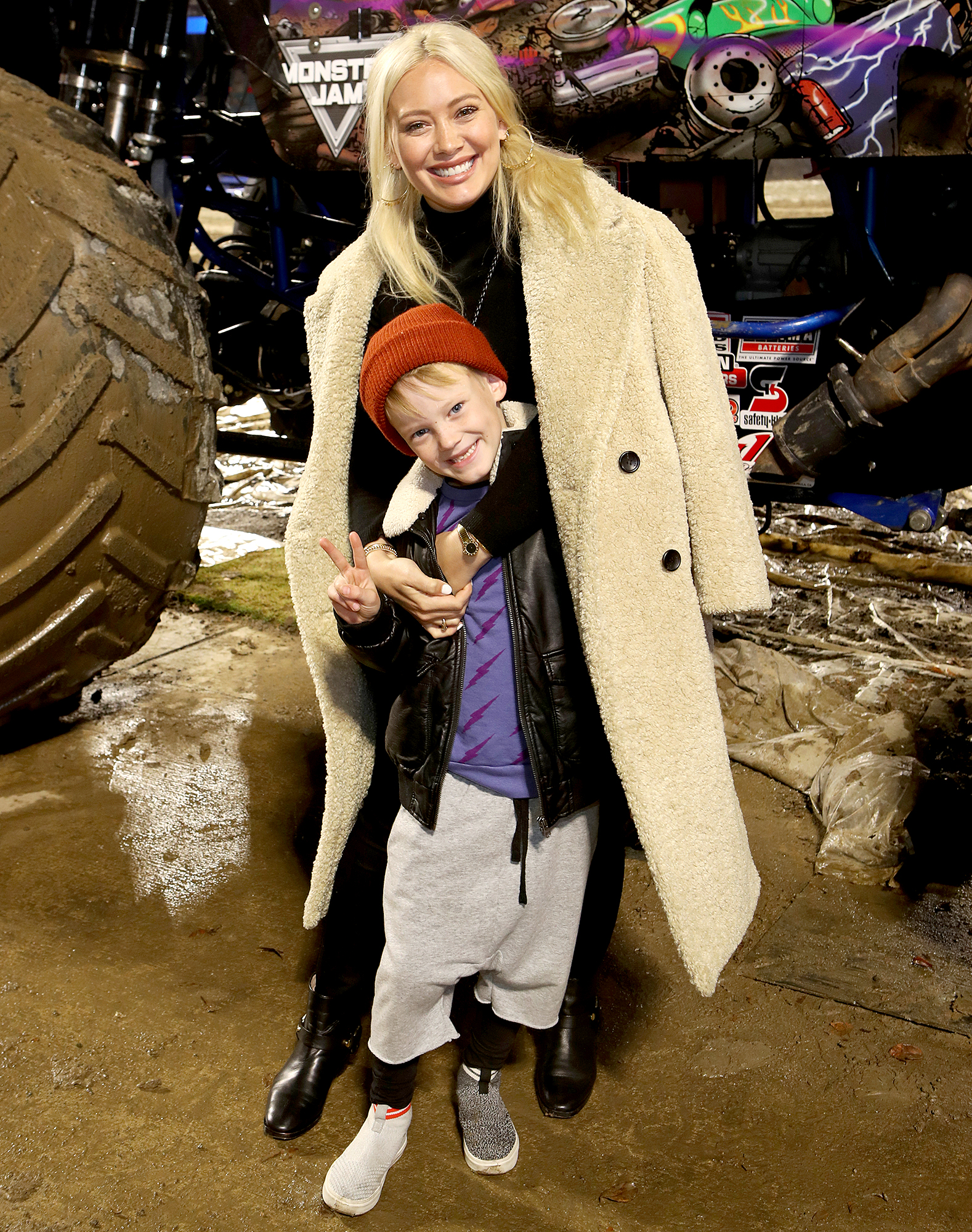 Hilary-Duff-and-son-luca.jpg